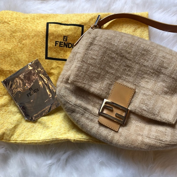 e86cc38842d ... large chef shoulder bag tobacco 81989 80c5e d50ef new zealand fendi  cashmere cream zucca print hobo bag ce8a6 63019 ...